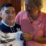 Diego Maradona junto a Tomás ´el Trinche´ Carlovich.