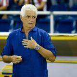El colombo-uruguayo Julio Avelino Comesaña, entrenador de Junior.