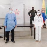 El Sena fabrica y entrega caretas a las autoridades de Sucre