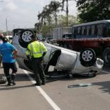 La Policía de Tránsito atendió el accidente.