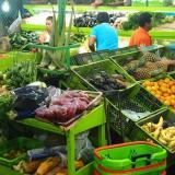 Compradores en Granabastos en Soledad.