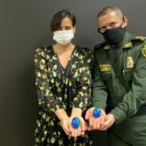 """""""¡Tienes el 'Mundo en tus manos' cuídalo!"""": campaña de la Policía para generar conciencia"""