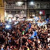 Críticas por las aglomeraciones en Nápoles tras la victoria de la Copa Italia