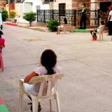Tarde de cine con distanciamiento social alegra a niños de Sabanagrande