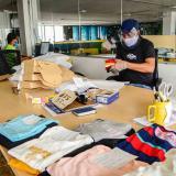 Trabajadores en una empresa del sector textil y confecciones de Barranquilla.