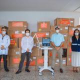 El ministro de Salud, Fernando Ruiz, ya había entregado 29 ventiladores al alcalde William Dau, y a la directora (e) del Dadis, Johana Bueno.
