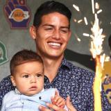 James Rodríguez publicó esta imagen con su hijo, en sus redes sociales, con motivo de su cumpleaños.