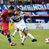Imágen de un duelo entre Cerro Porteño y Olimpia.
