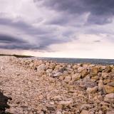 La erosión costera amenaza con 'borrar' el asfalto a la altura del kilómetro 18 de la vía a Ciénaga.