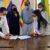 Cartagena firma convenio sobre modernización y lucha anticorrupción