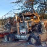 En Paraguachón queman tractomula que iba a ingresar a Venezuela