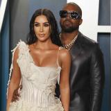 """Kim Kardashian pide """"compasión"""" por la salud mental de Kanye West"""