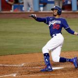 Los Dodgers aseguran a Mookie Betts hasta 2032 por 365 millones de dólares