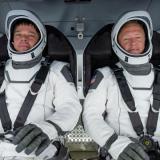 La capsula Dragon Endeavour de SpaceX con los astronautas a bordo.