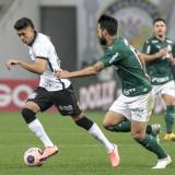 Víctor Cantillo ingresó en el segundo tiempo y le brindó mayor posesión del balón al Corinthians.