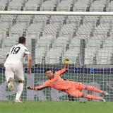 El primer gol de Cristiano Ronaldo se dio a través de este cobro desde los doce pasos.