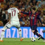Messi elude a Boateng en uno de los cruces entre Barcelona y Bayern más recordados.