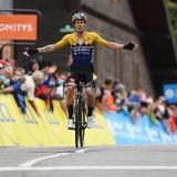 En video | Roglic le ratifica a Egan que anda fuerte y ya lidera el Dauphiné