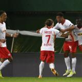 Los jugadores del equipo alemán celebran el tanto que les dio la clasificación a las semifinales de la 'Champions'.