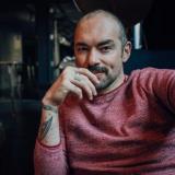 El cantante Santiago Cruz apoya el proyecto de la coca regulada