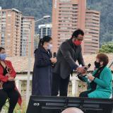 Víctima se negó a recibir abrazo de congresista Sandra Ramírez