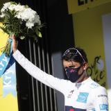 Egan Bernal se puso el maillot blanco como mejor ciclista joven.