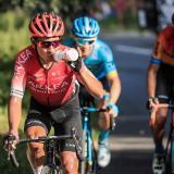Nairo Quintana pudo recuperarse a un pequeño accidente en la etapa diez.
