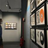 La 'protesta visual' de Bansky dialoga con el pintor renacentista Rafael
