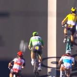 Sancionan a Sagan por una maniobra temeraria en el 'sprint'