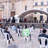 Los familiares de las víctimas en la Plaza de Bolívar, en Bogotá.