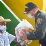 Policía de Sucre entregó más de 300 mercados en San Marcos
