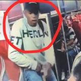 En video   Asesinan a una adulta mayor en medio de atraco en un bus