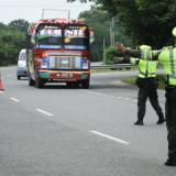 Policía de Carreteras en un puesto de control.