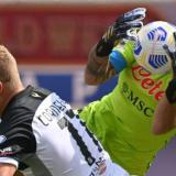 El portero colombiano mantuvo en cero su arco en el inicio del fútbol italiano.