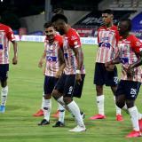 Miguel Borja celebró su gol bailando con Luis Sandoval, Sherman Cárdenas, Jeison Angulo y Edwuin Cetré.