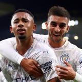 Gabriel Jesús y Ferrán Torres celebran el tercer gol del Manchester City.