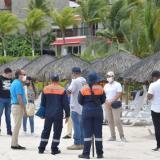 La visita de funcionarios de la Alcaldía y de la Dimar a establecimientos de la zona insular.