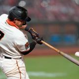 Dónovan Solano es titular en la segunda base con los Gigantes de San Francisco.