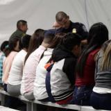 Refugios de EEUU no podrán impedir acceso de menores inmigrantes a aborto