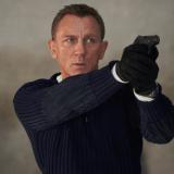 James Bond atrasa el estreno de