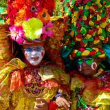 Un grupo de congos danzando en la Vía 40 en el Carnaval 2020.