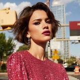 Eloisa Fontes, de 26 años, pasó  de ser una modelo reconocida a una habitante de calle en Brasil.