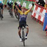 Roglic, de 30 años, segundo en el Tour y reciente ganador de la Lieja Bastoña, dio el primer aviso en el estreno.