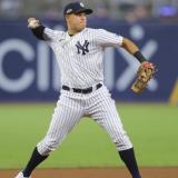 Dónovan Solano y Giovanny Urshela, nominados al 'Equipo Ideal' de la MLB