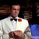 Sean Connery como James Bond en