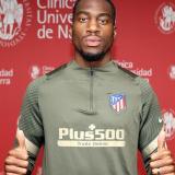 Kondogbia firma con el Atlético de Madrid por cuatro temporadas