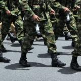Detienen a cuatro militares investigados por corrupción administrativa