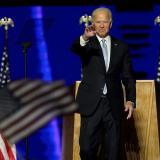 Biden hace llamado a utilizar tapabocas