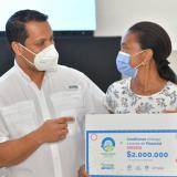 Con microcréditos fortalecen a pequeños empresarios del Cesar