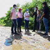 Campesinos se han visto afectados por las inundaciones de sus cultivos.